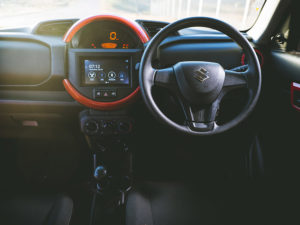 Suzuki | Ignis | adventure drive | compact crossover | interior